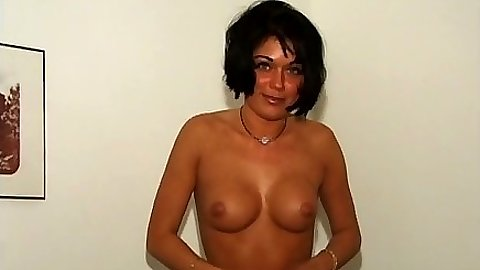 Undressing medium tits first sex video amateur Rita Cardinale