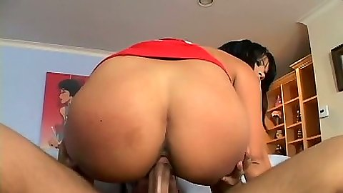 Cowgirl sex with big ass milf Sophia Lomeli loving cock inside mom pussy