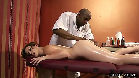Naked oil massage with Jennifer White in interracial scene