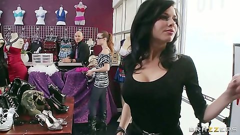 Brunette milf Veronica Avluv shows her bra to man