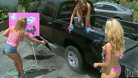 Naughty bikini girls Krissy Lynn and Jessie Rogers with Remy Lacroix carwash