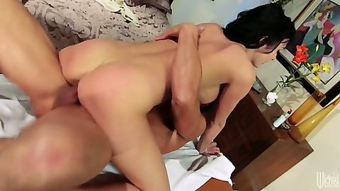 Cowgirl skinny ass big tits Alektra Blue on dick sitting