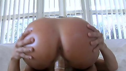 Cowgirl cock jumping and grinding with Dasani