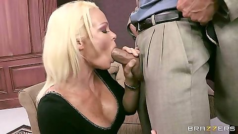 Blonde milf Rhylee Richards blowjob and fuck