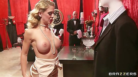 Nice body milf babe classy and blowjob from Cherie Deville