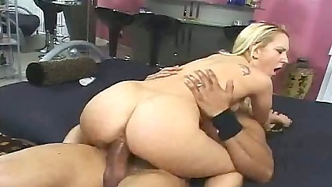 Cowgirl big dick fuck for moaning blonde erin