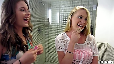 Lesbian college amateurs Ashton P and Jayden Rae going into the shower