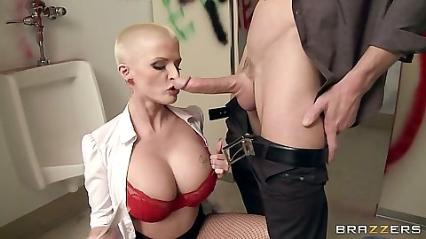 Bras and panties milf with buzz cut from Joslyn James