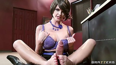Footjob pov from milf in her bra Joslyn James