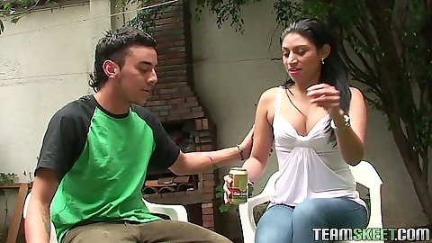 Latina Samantha Alvarez outdoors flashing her panties