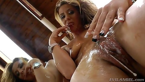 wet messy pussy