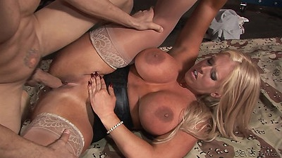 Big juggs stockings experienced milf fucked in pussy Alura Jenson views:604