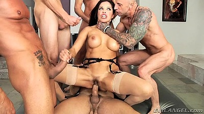 Naughty milf Francesca Le gang bang with anal and deep throat orgy views:488