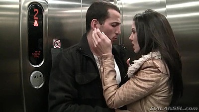 Making out in the elevator fully clothed with skinny intense milf Alexa Tomas views:1521