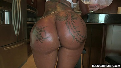 Tanned tattoo ass Bella Bellz with great shaved behind views:1341