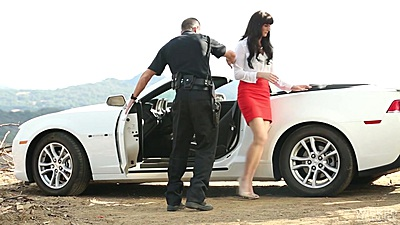 Police pull over with slim Bianca Breeze gets used views:1284