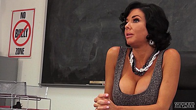 Stunning big melons teacher and a hot student come up Veronica Avluv and Riley Steele views:7100
