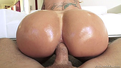 Silly round ass milf reverse cowgirl all anal sex Ryan Conner views:6354