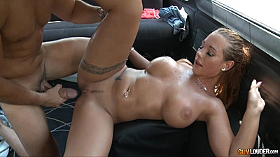 Kyra Hot spreads it wide for some nice slamming views:871
