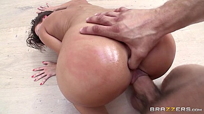 Abigail Mac gets a thumb up her ass during pussy fuck on floor views:421