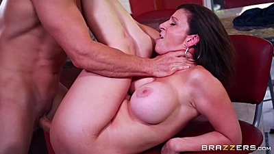 Filthy miami milf Sara Jay pussy rammed on kitchen stool views:402