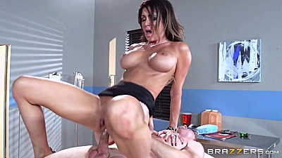 Vivacious reverse cowgirl table pumping with Jessica Jaymes views:3282