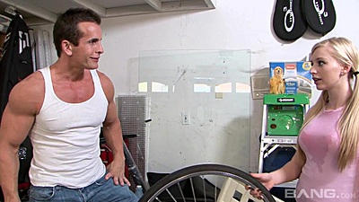 18 year old pigtail Staci Jaxxx needs help with her bike views:894