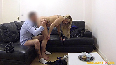 Pussy eating and cock sitting in pov with agent nailing Monty views:2424