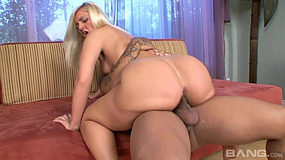 Justina and her nice round white ass ride black penis views:449