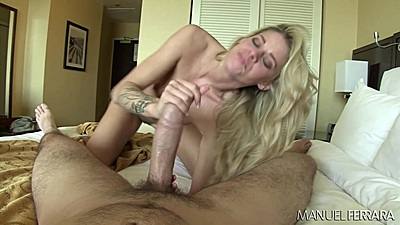 Obsessed Jessa Rhodes giving handjob to a large cock views:1215