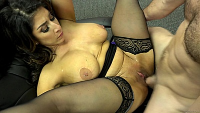 Fucking a big chested latina milf Raven Hart right at the office views:453
