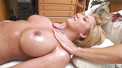 Big tits heather is getting a full body oil massage
