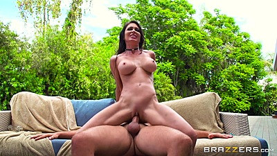 Tapping lovely milf Jessica Jaymes on couch after private massage outdoors views:477