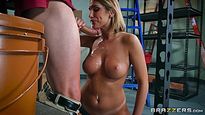 Feisty work place romance with August Ames views:820