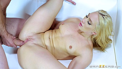 AJ Applegate ready to receive dick in her anus and be choked views:404