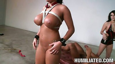 Big tits brunette Lizzy Styles tied and spermed