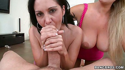 Blowjob from Ava adams and Abbey Brooks n fuck