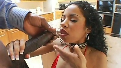 Ebony sexy babe Havana Ginger sucking large dick and fucked on kitchen