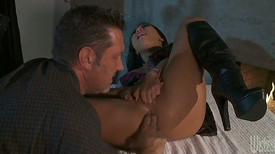 Asian bitch Asa Akira gets ass fingered and deep anal fuck