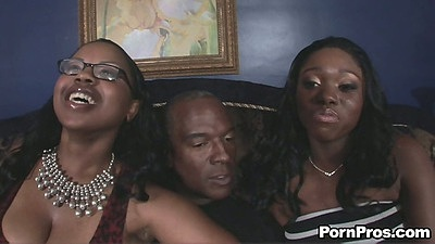 Ebony Star and her friend in threesome sex