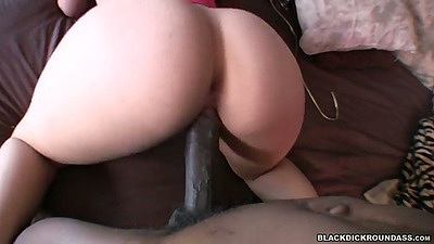Doggy style latina ass fuck with Luscious Lopez