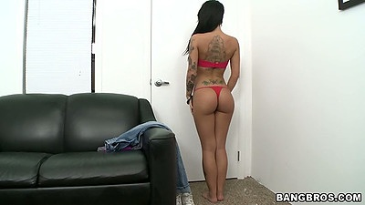 Nice ass Christy Mack showing her goods in the corner