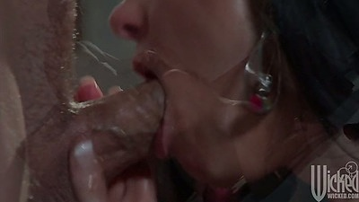 Deep throat blowjob from indian babe India Summer working big dick