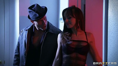 Cytherea and Leya Falcon with Bill Bailey in shes gonna squirt scene