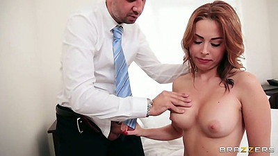 Sexy school girl Veronica Vice rolls up skirt for sex
