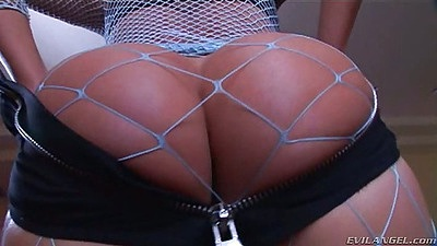 Big round solo ass Lexi Love in fishnet with butt plug up ass