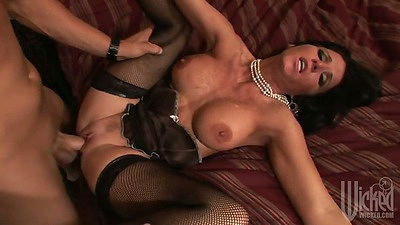 Moaning spread legs spicy milf Kendra Secrets gets cock in vagina