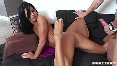 Skinny ass latina milf Sophia Bella blowjob and shaved pussy entry