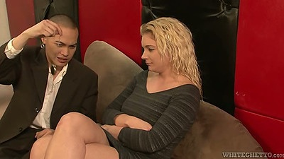 Blonde Heidi Mayne gets arm pit worship and give sfootjob