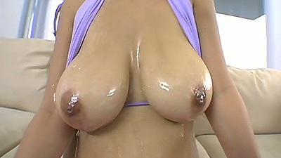 Oiled up tits solo play with Pristy
